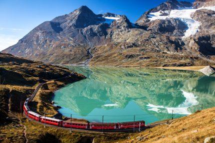 Schweiz Glacier- und Bernina-Express
