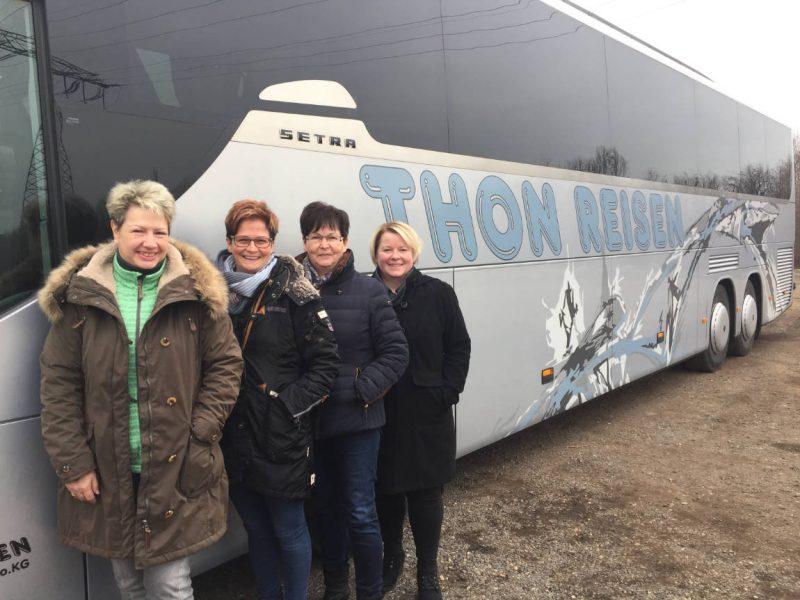 Büroteam von Thon-Reisen